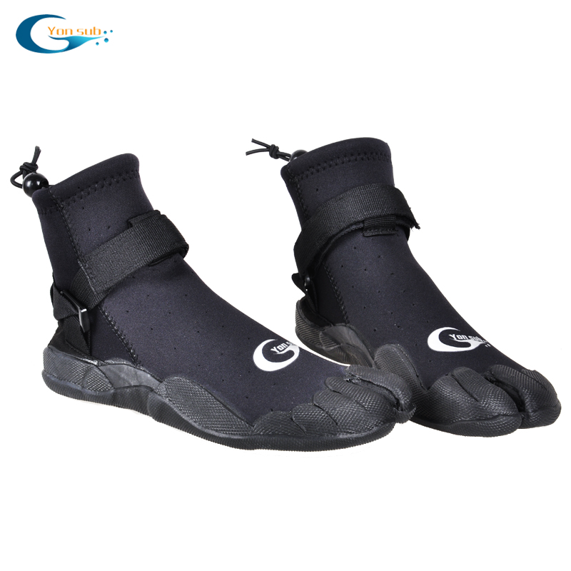 Black color waterproof scuba neoprene surfing & diving boots
